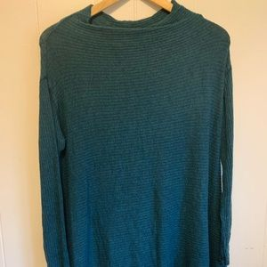 Free People Open Back Sweater Size Large